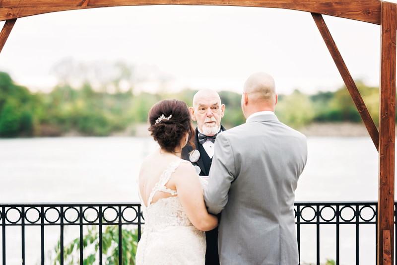 chateau-on-the-river-trenton-michigan-wedding-0275.jpg