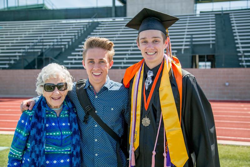 graduation9804.jpg