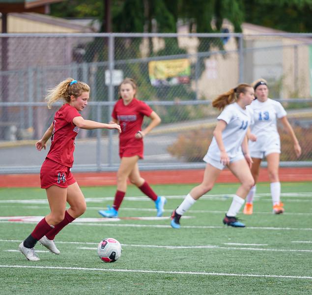 2019-09-28 Varsity Girls vs Meadowdale 114.jpg
