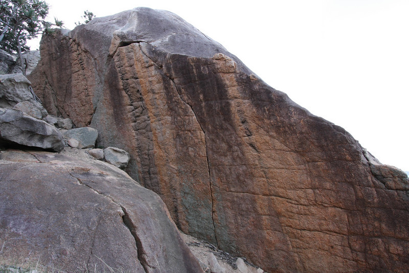 The crack in the middle is Curlew grade 22. Photo by Trent Williams