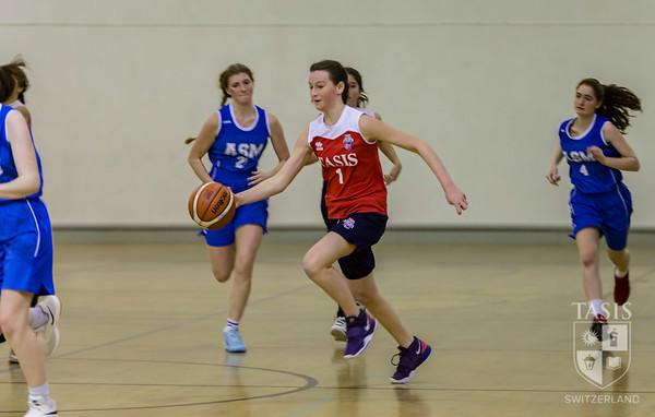 Girls Basketball Hosts NISSA Tournment