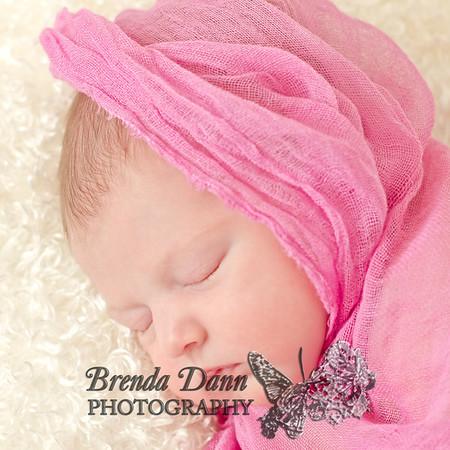 OliviaHoupperSinger_Newborn