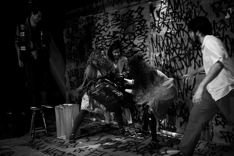 Dico Oliveira - Indac - Homens de Papel-210-2.jpg