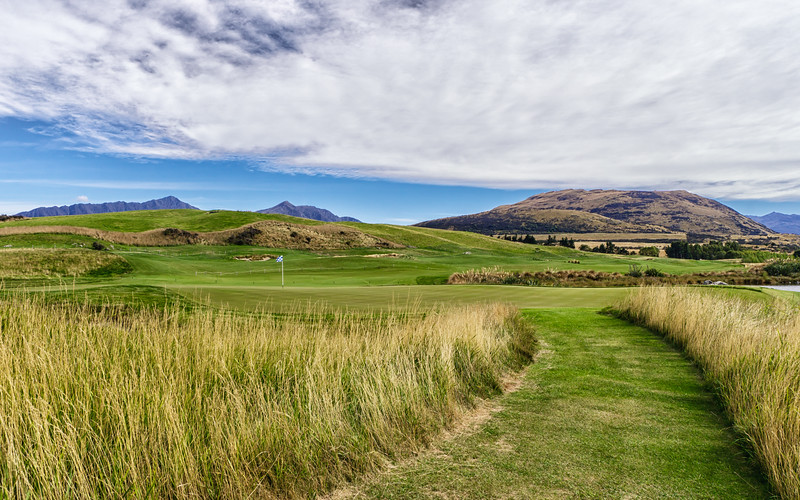 jacks-point-golf-new-zealand.jpg