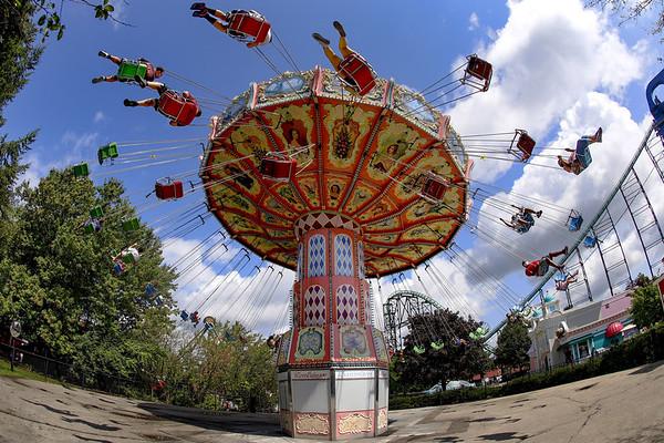 themepark-virus-090820
