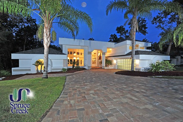 2586 Spruce Creek Blvd. Award-Winning Contemporary Estate in Spruce Creek Fly-In