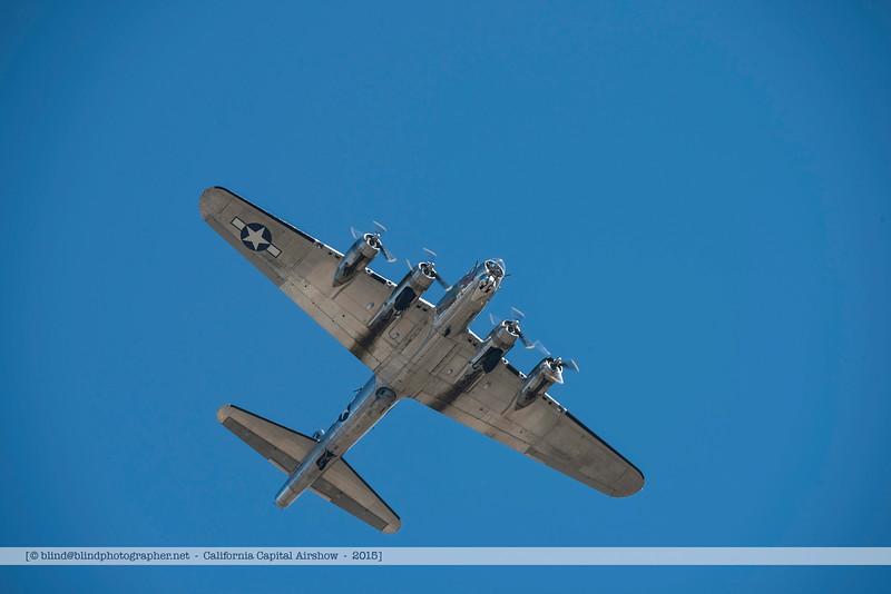 F20151003a112627_4945-B-17-in flight-under-settings.jpg