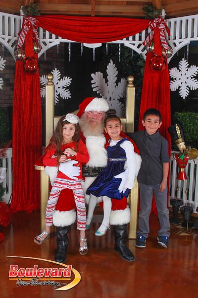 Santa 12-10-16-357.jpg