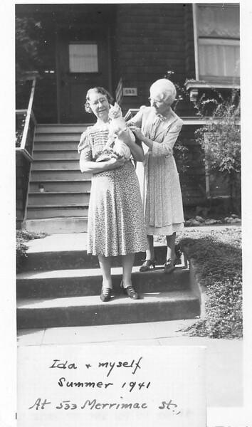Ida&Aunt_Jennie.jpg