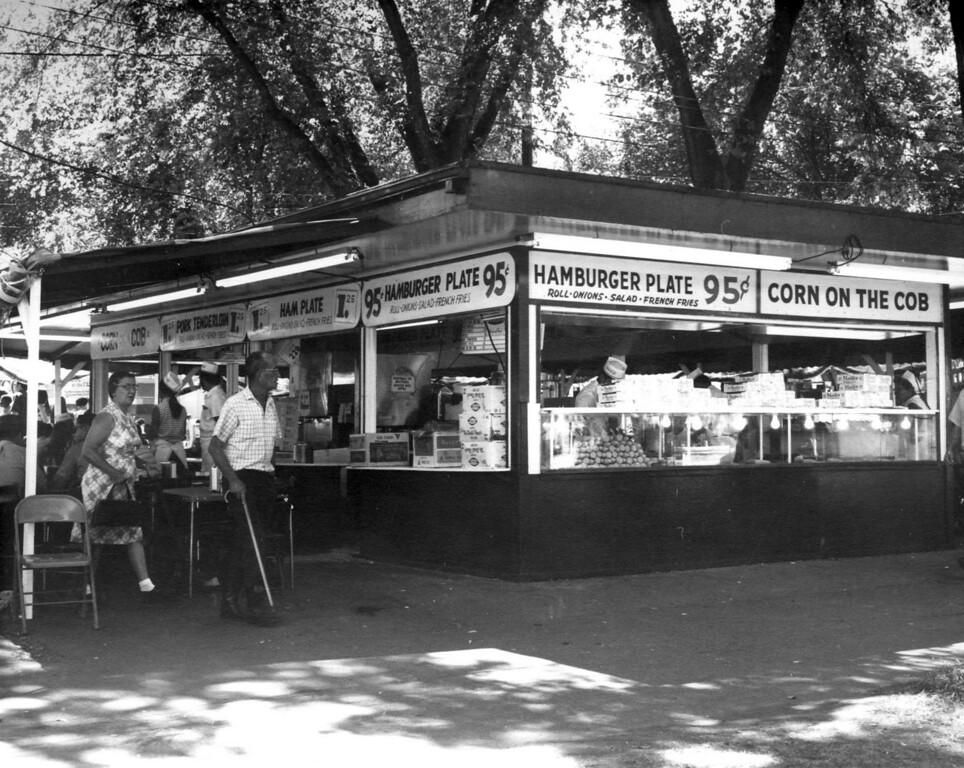 . A hamburger stand at the 1970 Minnesota State Fair. Photo courtesy of the Minnesota State Fair.