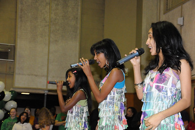 EriAm Sisters @ Stuart Middle School Tacoma
