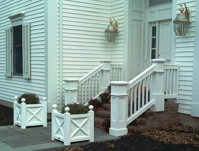 873 - NJ - Jamestown Railing with Pillar Posts