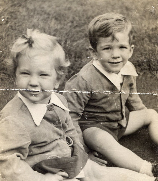 1949 John & Sue.jpg