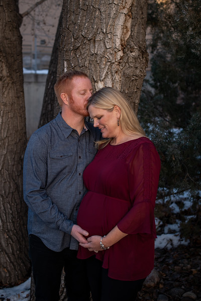 2019-12-07 Anna and James Baby Bump 040.jpg