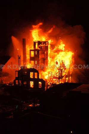 Gloucester, MA - 8th Alarm - 80 Middle St - 12/14/07