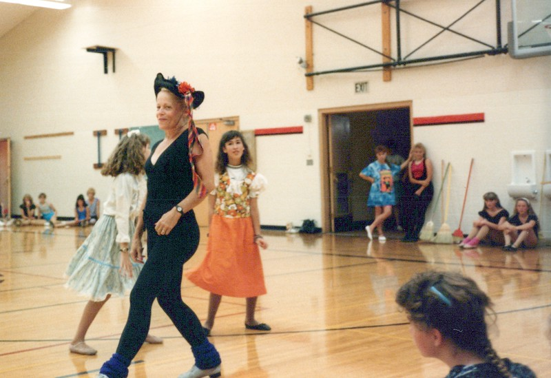 Dance_1818_a.jpg