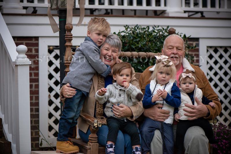 2019 November Ellis Family-268-126.jpg