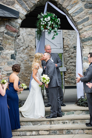 Susan + Drew / Castle Farms Fall Wedding Northern Michigan