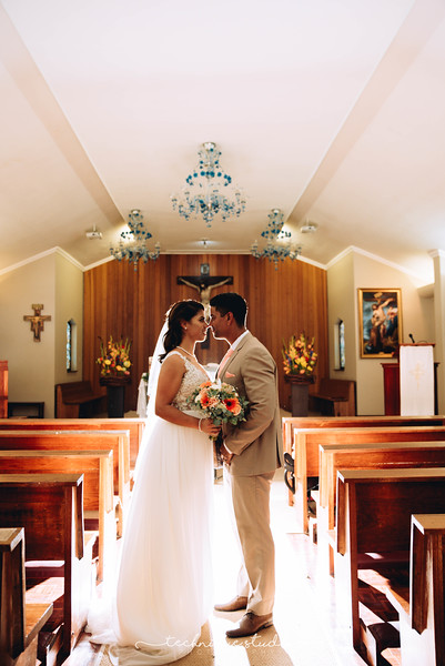 BRETT & CARMEN WEDDING PREVIEWS-75.JPG
