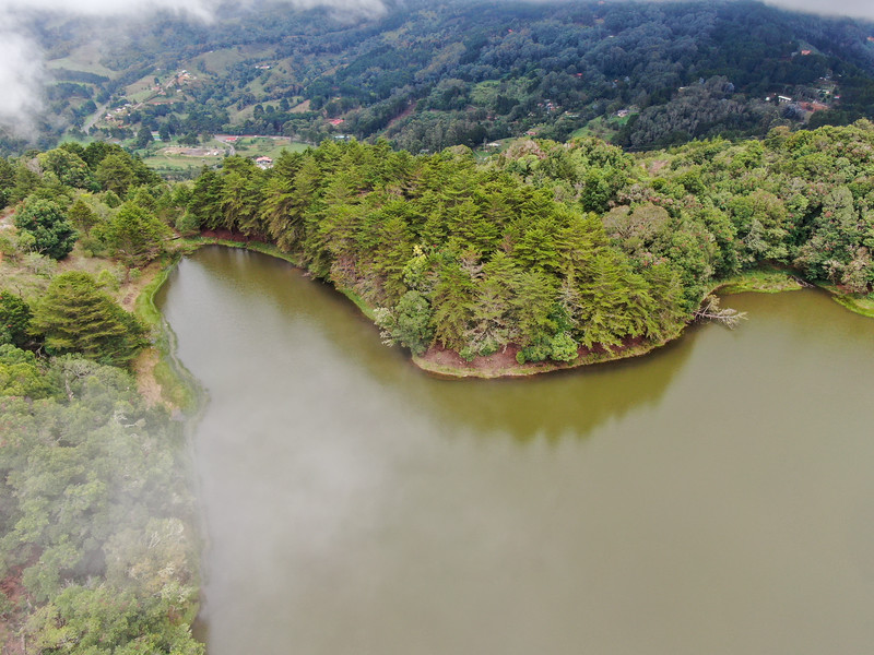 Laguna don Manuel in Costa Rica, amazing private lake in the Dota - Chirripo - San Gerardo area of Costa Rica
