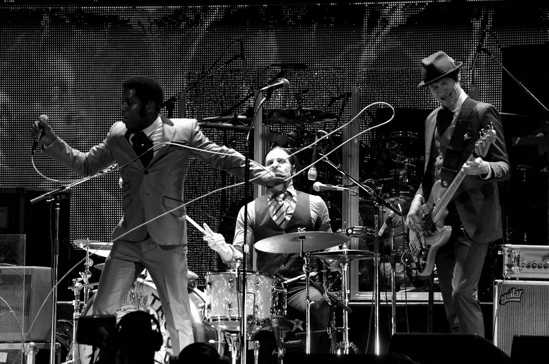 the who and vintage trouble 022.JPG
