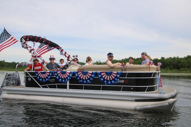 2019 4th of July Boat Parade  (10).JPG