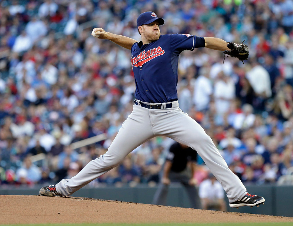 . Cleveland Indians pitcher Zach McAllister throws against the Minnesota Twins in the first inning. (AP Photo/Jim Mone)