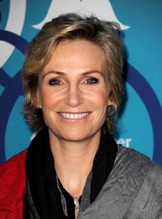 . Actress Jane Lynch arrives at the Fox Fall Eco-Casino Party at The Bungalow on September 9, 2013 in Santa Monica, California.  (Photo by Kevin Winter/Getty Images)