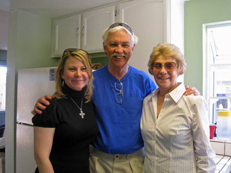 Heather, Bob and Rae.JPG