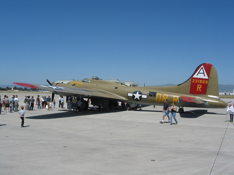 Liberator at Moffet Field (38).jpg