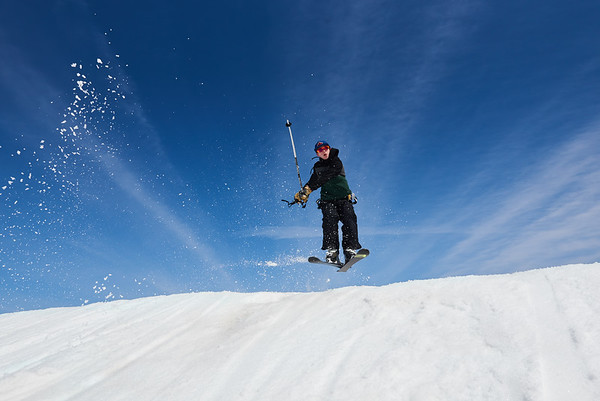 DAVID LIPNOWSKI / WINNIPEG FREE PRESS  Jonathan Shipley enjoys the last day of downhill skiing and snowboarding at Stony Mountain Ski Area Sunday April 15, 2018.