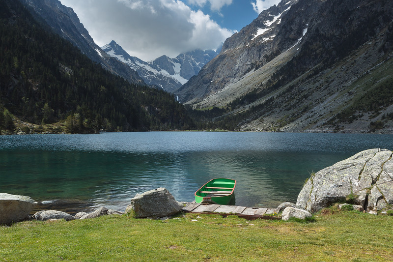 Gaube Lake, Pyrenees National Park, France.