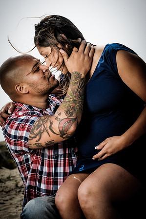 Tanya and Guillermo (Maternity Photography, Seabright Beach, Santa Cruz, California)