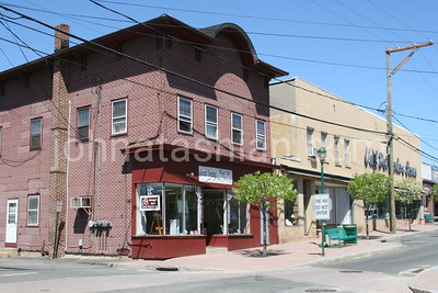 Downtown Southington - April 30, 2007