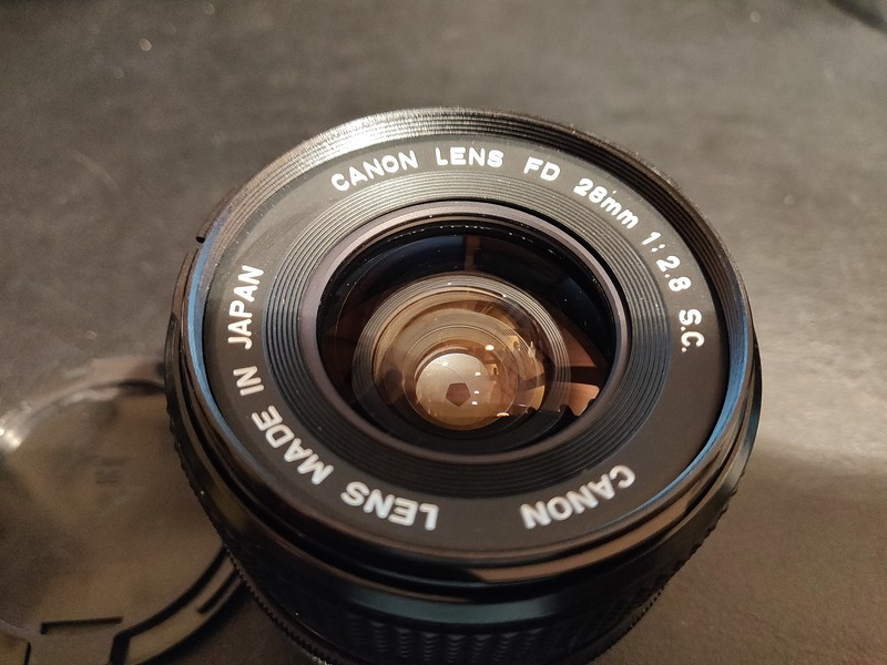 Canon FD 28 mm 2.8 S.C. - Serial S902 & 284189 005.jpg