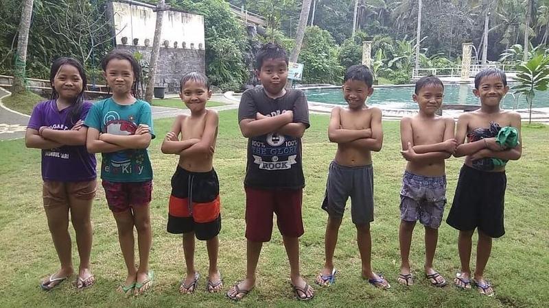 Bali kids.jpg