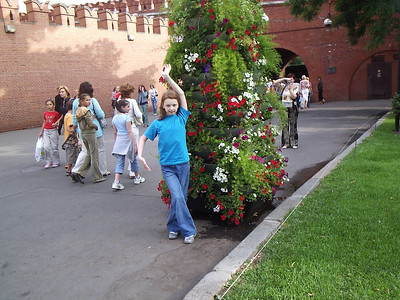 2006-05-??, Oxana Malinskaya in Kremlin