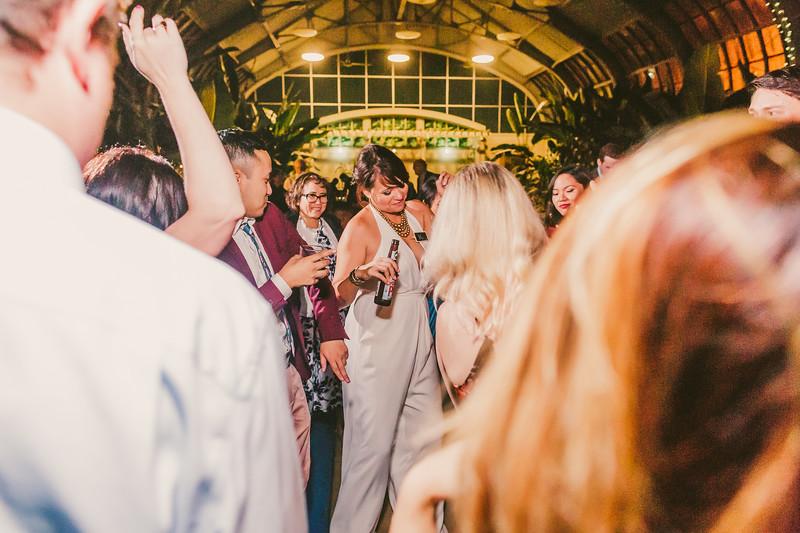 Garfieldpark-conservatory-wedding-185.jpg