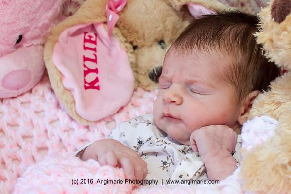 Kylie {Newborn} (c)