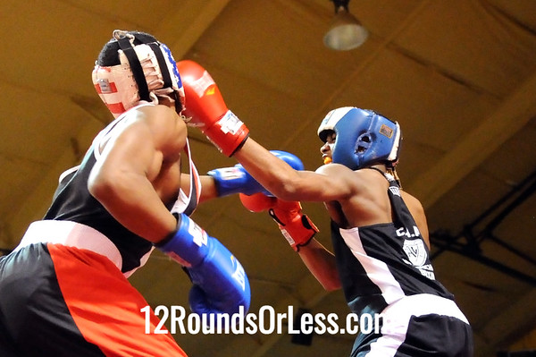 Bout 4 Chavon Stillwell, Mansfield PAL -vs- Elliot Davis, Untouchable BA, 132 lbs, Intermediate