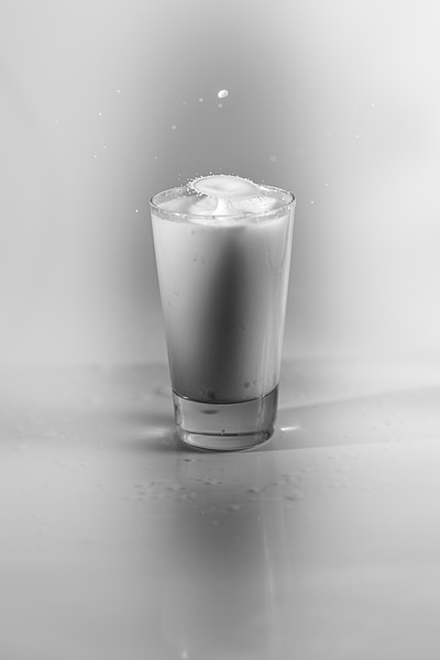 20200208-bw-milksplash-0017.jpg