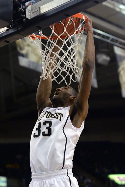 Aaron Rountree dunk.jpg