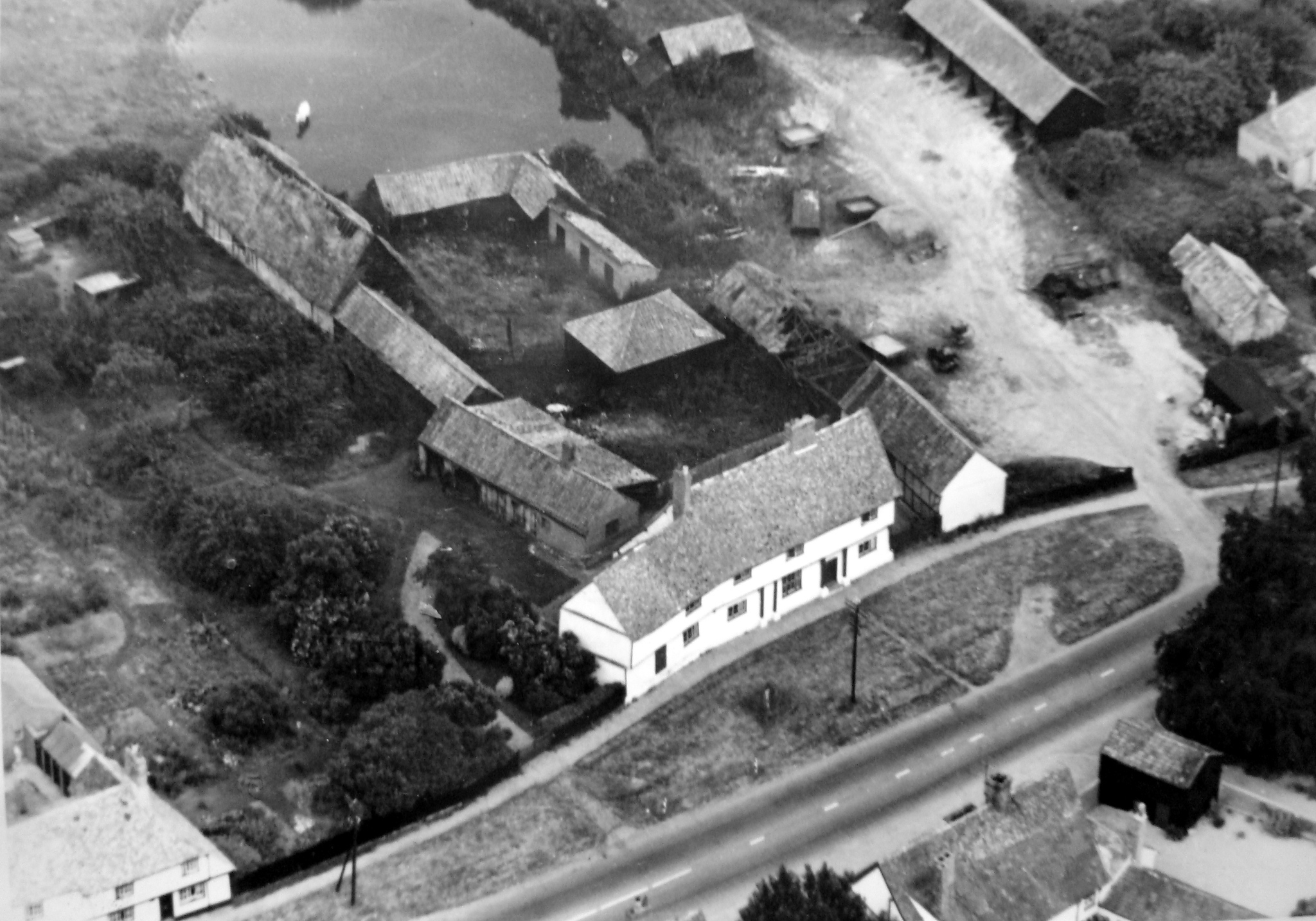 Old photo of Manor House Farm
