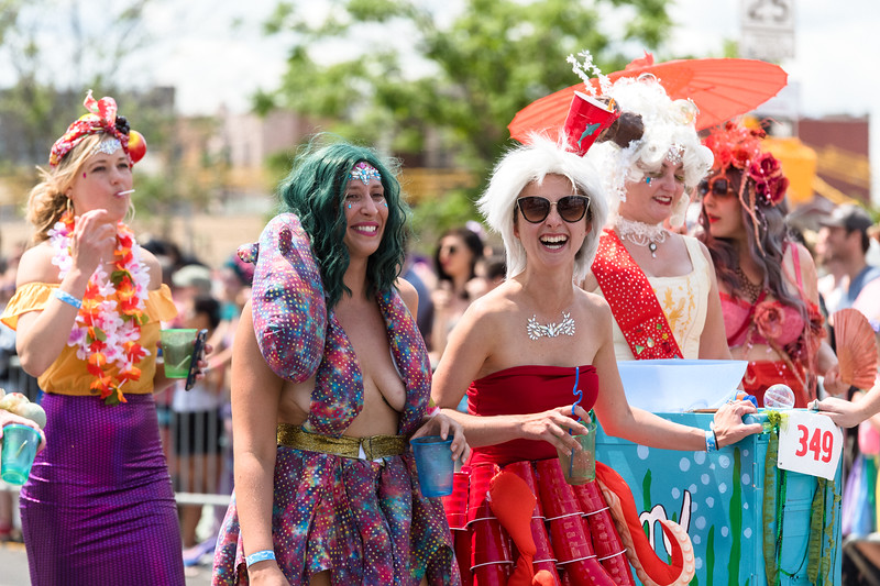 2019-06-22_Mermaid_Parade_2515.jpg