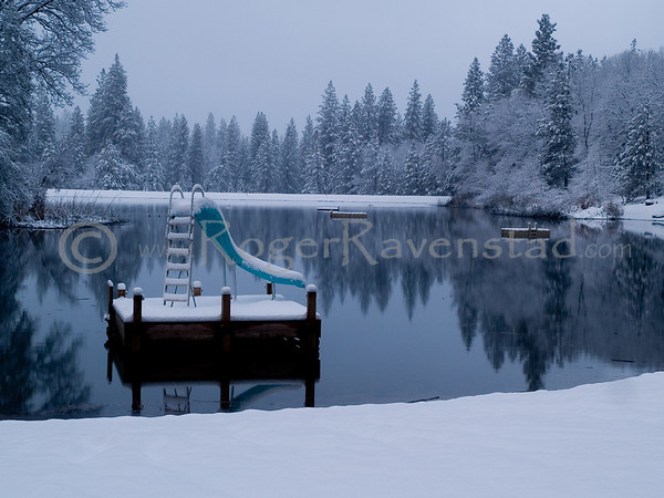 Early Morning Snow at Brentwood Lake
