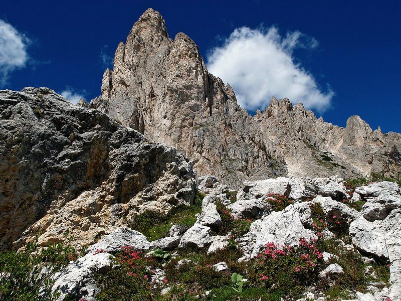 Cortina Passo Giau e.o. 25-7-07 (10).jpg