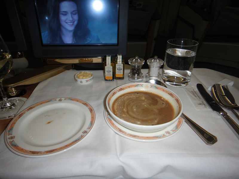 [20101009] Day 10 - BB 1st Class on Emirates Airlines (5).JPG