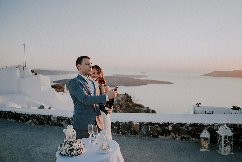 Tu-Nguyen-Destination-Wedding-Photographer-Santorini-Elopement-Alex-Diana-148.jpg