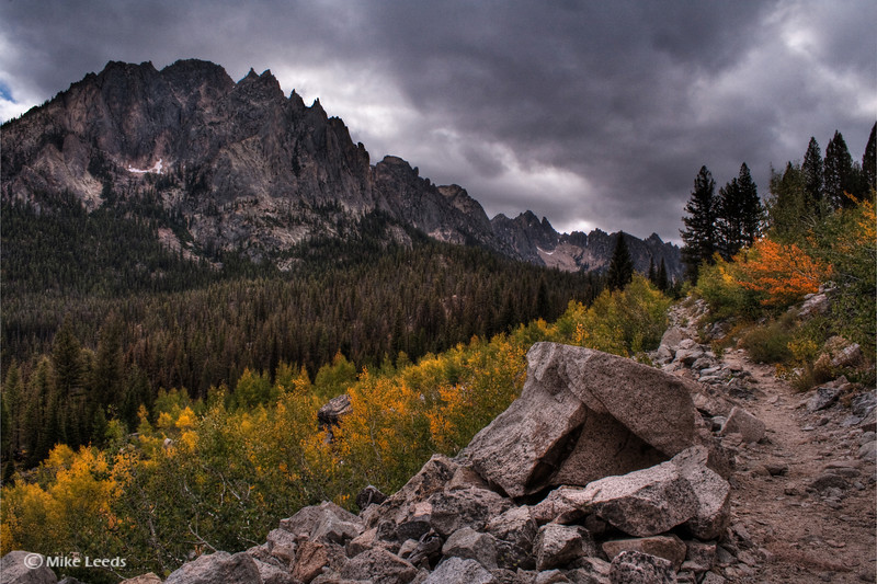 Redfish Lake Creek Trail leading to the Sawtooth Mountains, Idaho.