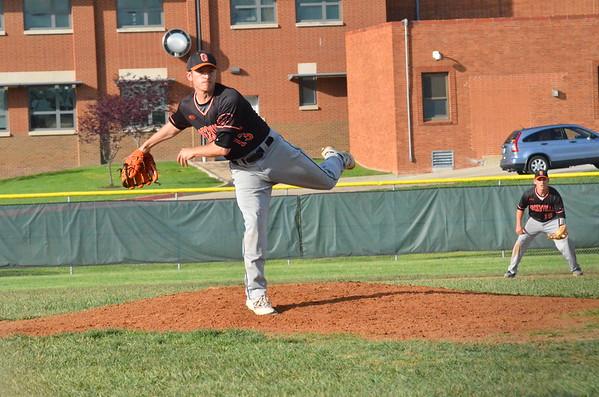 GC Baseball vs Fontbonne April 27, 2016